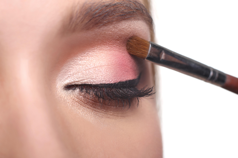 df53fae9a 4 tendencias de maquillaje para San Valentín | TUMAKEUP - Tu Escuela ...